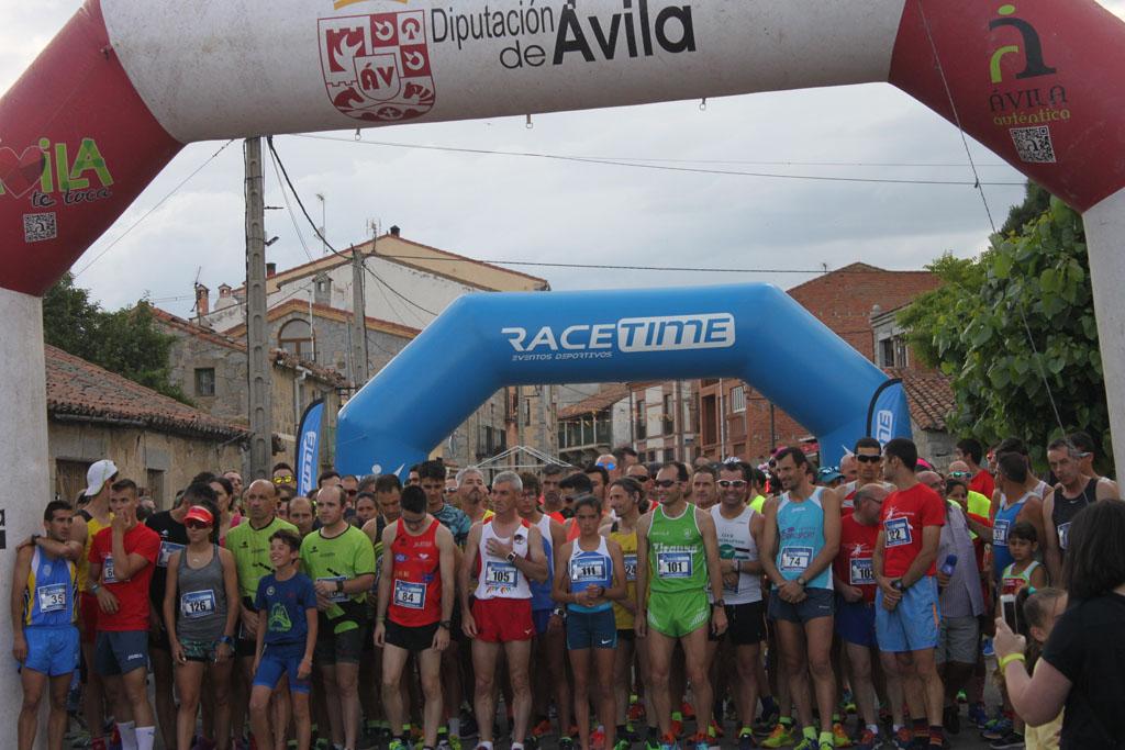 Borja Hernaz y Carla Jiménez ganaron la Carrera Popular de Martiherrero