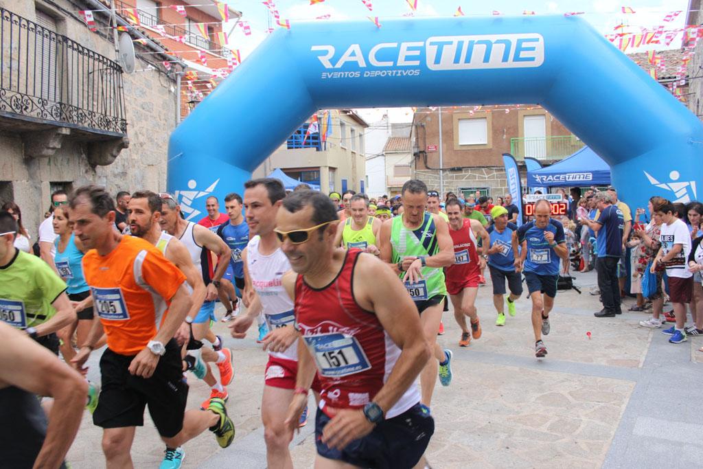 Roberto Rubén Jiménez y Sonsoles Pérez ganan la VIII Carrera Popular del Jamón